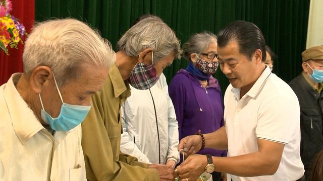 Món quà đầu xuân cho hơn 1.000 người dân khó khăn tại tỉnh Ninh Bình - Ảnh 13.