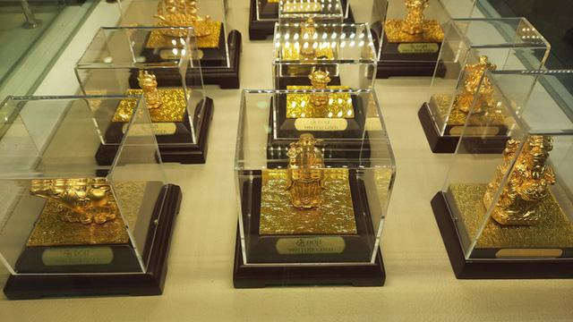 Trước ngày Thần Tài, trâu vàng 9999 tràn ngập thị trường - Ảnh 6.