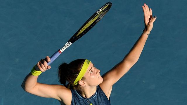 Jennifer Brady thắng kịch tính Karolina Muchova để giành quyền vào chung kết Australia mở rộng 2021 - Ảnh 3.