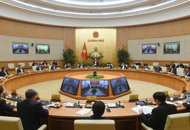Thủ tướng Nguyễn Xuân Phúc: Sớm đưa vaccine ngừa COVID-19 đến người dân trong quý I - Ảnh 1.