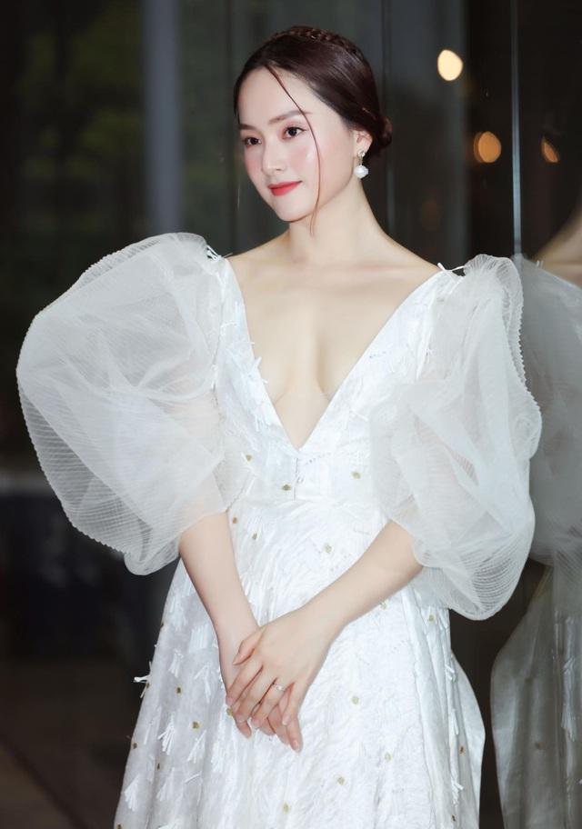 Lan Phương - cô nàng bánh bèo nhất nhì Showbiz Việt? - Ảnh 7.