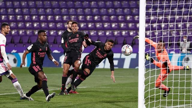Real Valladolid 0-1 Real Madrid: Áp sát ngôi đầu - Ảnh 1.