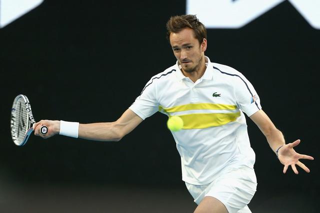 Thắng áp đảo Medvedev, Djokovic lần thứ 9 đăng quang tại Australia mở rộng - Ảnh 2.