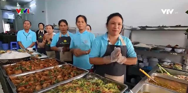 Nhà ăn 0 đồng cho người nghèo - Ảnh 1.