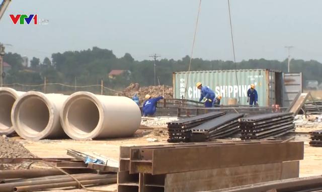 Đốc mặt bằng, siết chất lượng, đẩy nhanh tiến độ dự án cao tốc Bắc - Nam phía Đông - Ảnh 1.