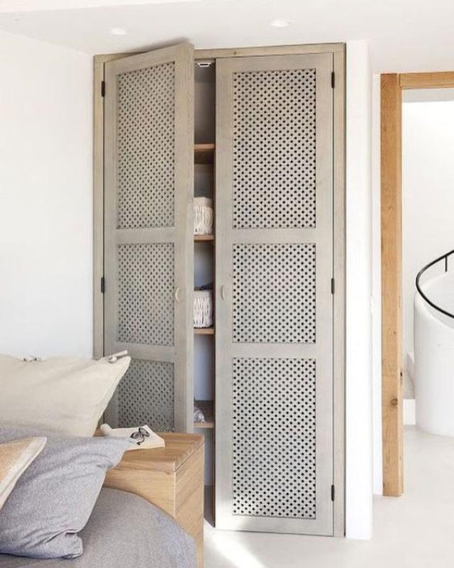 Mẹo lựa chọn nội thất giúp phòng ngủ thoáng rộng - Ảnh 2.