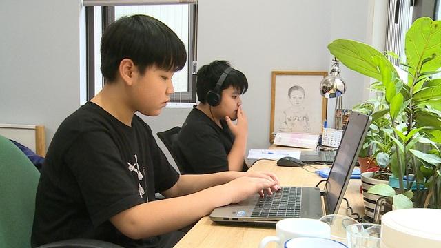 Học trực tuyến thúc đẩy doanh số laptop - Ảnh 1.