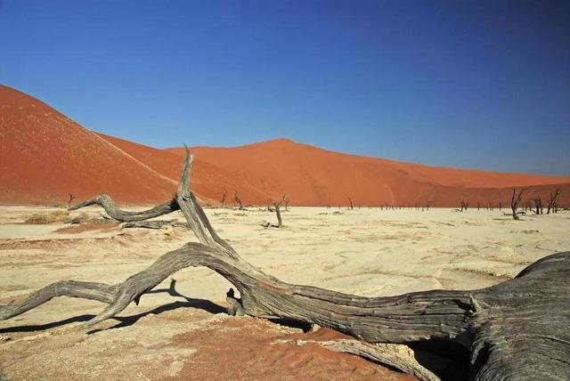 7 địa điểm trên Trái đất có cảnh quan thú vị không kém gì sao Hỏa - Ảnh 6.