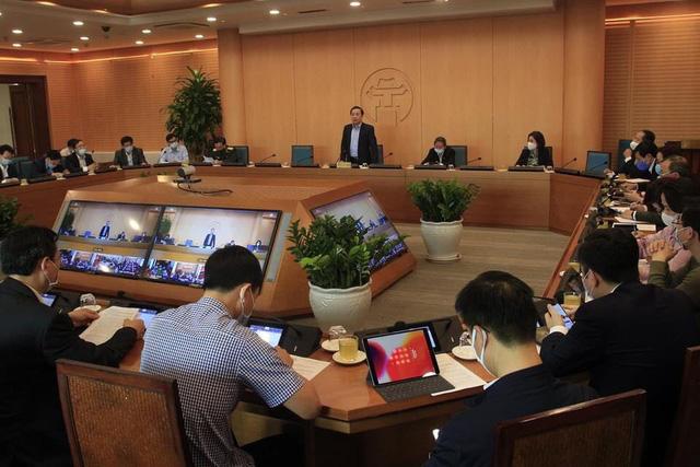 Học sinh, sinh viên Hà Nội đi học trở lại sẽ theo thứ tự ưu tiên để phòng chống COVID-19 - Ảnh 1.