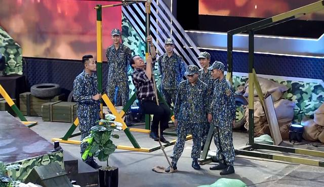 Nghệ sĩ Quang Thắng không ngại đọ sức với các chiến sĩ Phòng không Không quân - Ảnh 2.