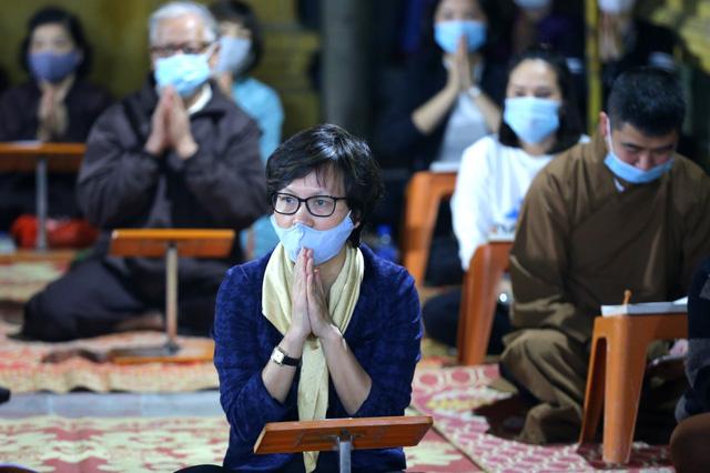 Cảnh tượng chưa từng có tại lễ cầu an chùa Phúc Khánh - Ảnh 4.
