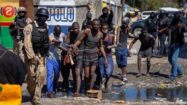 Bạo loạn tại nhà tù ở Haiti, 25 người thiệt mạng - Ảnh 1.