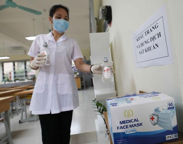 Trường học ở Hà Nội chuẩn bị đón học sinh trở lại trong trạng thái bình thường mới - Ảnh 12.