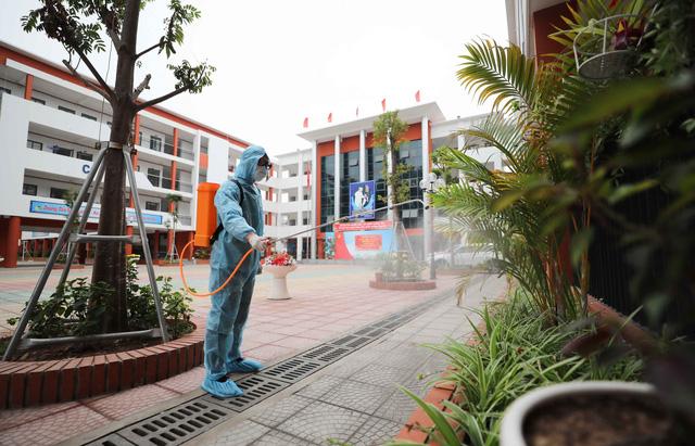 Trường học ở Hà Nội chuẩn bị đón học sinh trở lại trong trạng thái bình thường mới - Ảnh 6.