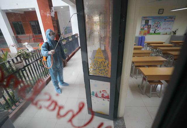 Trường học ở Hà Nội chuẩn bị đón học sinh trở lại trong trạng thái bình thường mới - Ảnh 7.