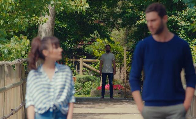 Trái cấm: Rảnh rỗi như Alihan, vừa chia tay Zeynep ít hôm đã vội tìm cách cua lại - Ảnh 2.