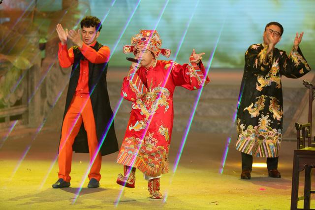 Táo quân 2021: Chế BIGCITYBOI, Táo kinh tế Quang Thắng rap cực sung cực chất - Ảnh 2.