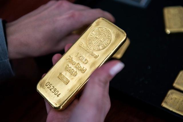 Giá vàng giảm mạnh - Ảnh 1.