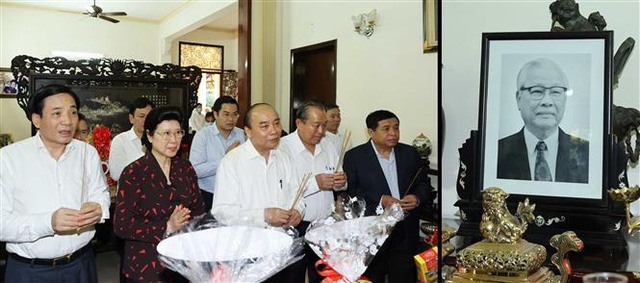 Thủ tướng Nguyễn Xuân Phúc dâng hương tưởng nhớ các nguyên lãnh đạo đã từ trần - Ảnh 4.