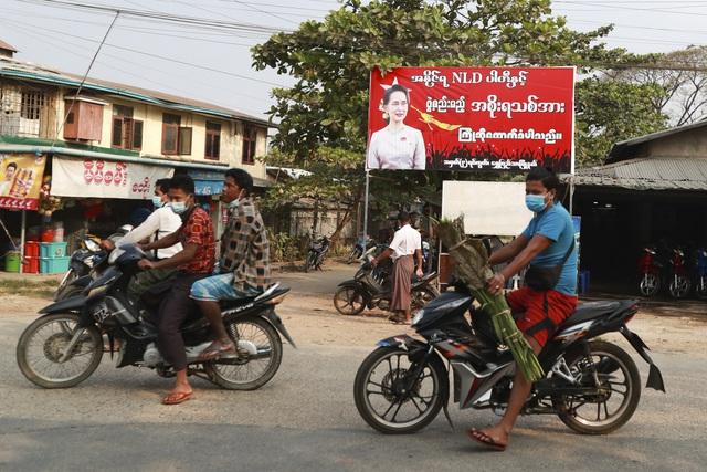 Liên Hợp Quốc kêu gọi quân đội Myanmar trả tự do cho bà Aung San Suu Kyi - Ảnh 1.
