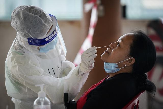 Hơn 105,3 triệu người nhiễm COVID-19 trên thế giới, Hàn Quốc cảnh báo đợt lây nhiễm thứ 4 - Ảnh 2.
