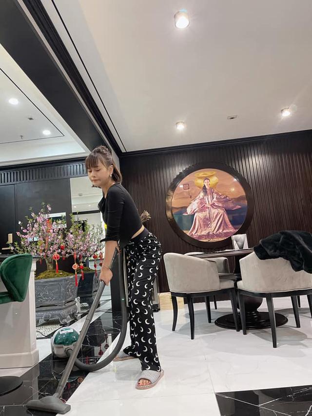 Ngắm Đào, Quất nhà Hồng Đăng, Bảo Thanh cùng dàn diễn viên Việt - Ảnh 2.