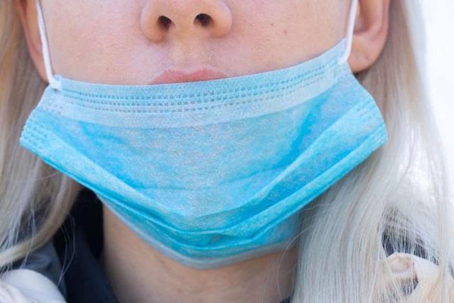 10 thói quen dễ lây nhiễm COVID-19 bạn ít nhận ra - ảnh 9
