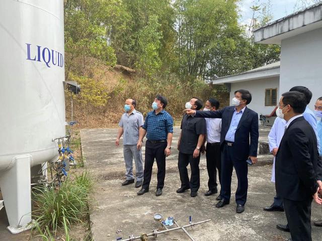 Bàn giao, đưa vào hoạt động Bệnh viện dã chiến Điện Biên Phủ phục vụ điều trị COVID-19 - Ảnh 2.