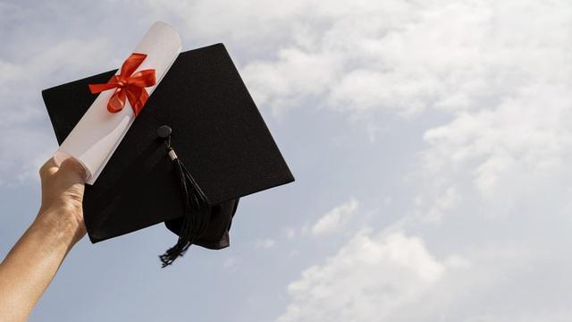 CEO High School xây dựng chương trình đào tạo toàn diện dành riêng cho học sinh THPT - Ảnh 3.