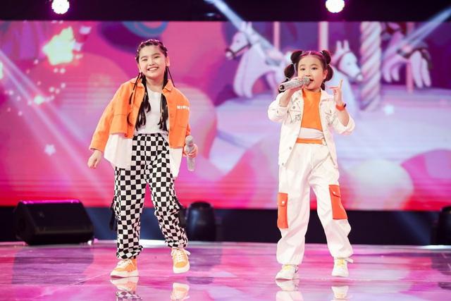 Giọng hát Việt nhí: Phong cách của đội BigDaddy - Emily gói gọn trong một chữ Trending! - Ảnh 2.