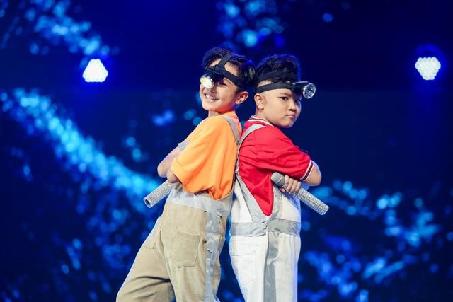 Giọng hát Việt nhí: Phong cách của đội BigDaddy - Emily gói gọn trong một chữ Trending! - Ảnh 6.