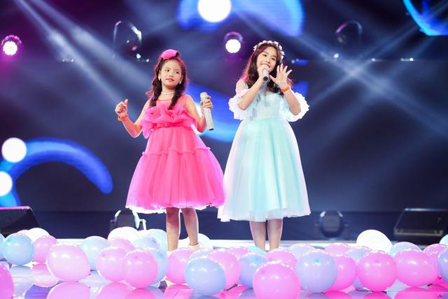 Giọng hát Việt nhí: Phong cách của đội BigDaddy - Emily gói gọn trong một chữ Trending! - Ảnh 4.