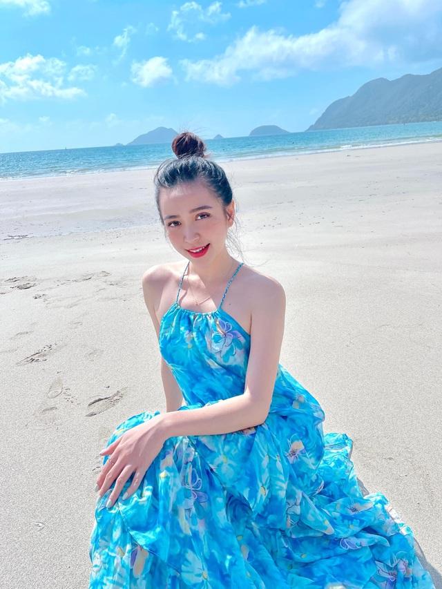 Chưa hè mà Kim Oanh đã diện bikini khoe thân hình nuột nà - Ảnh 3.