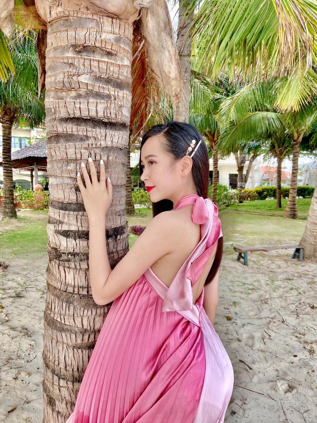 Chưa hè mà Kim Oanh đã diện bikini khoe thân hình nuột nà - Ảnh 6.