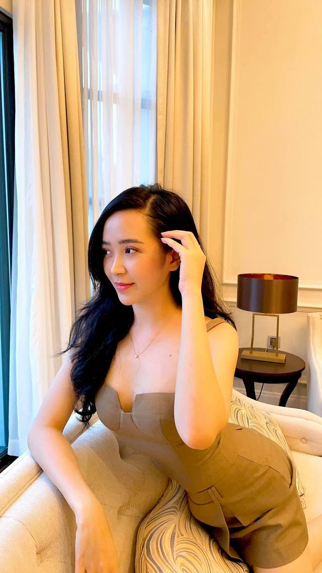 Chưa hè mà Kim Oanh đã diện bikini khoe thân hình nuột nà - Ảnh 8.