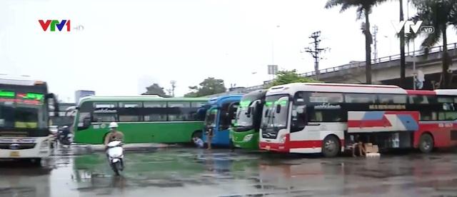 Hà Nội cho phép tuyến xe liên tỉnh hoạt động với đủ hành khách - Ảnh 1.