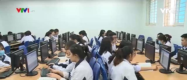 Tuyển sinh Đại học 2021: Thí sinh được đăng ký nguyện vọng trực tuyến | VTV.VN
