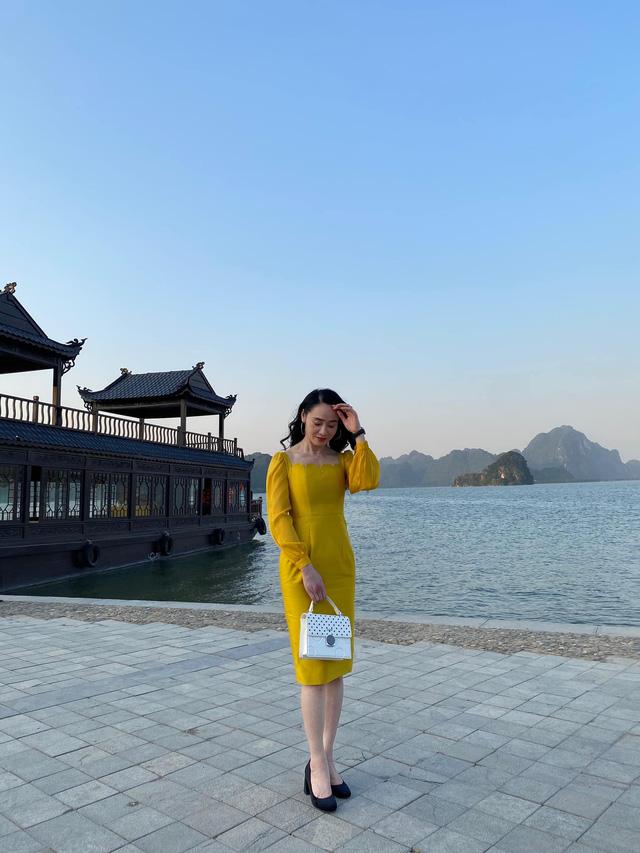 Quách Thu Phương trẻ trung bất ngờ trong hậu trường Hương vị tình thân - Ảnh 1.