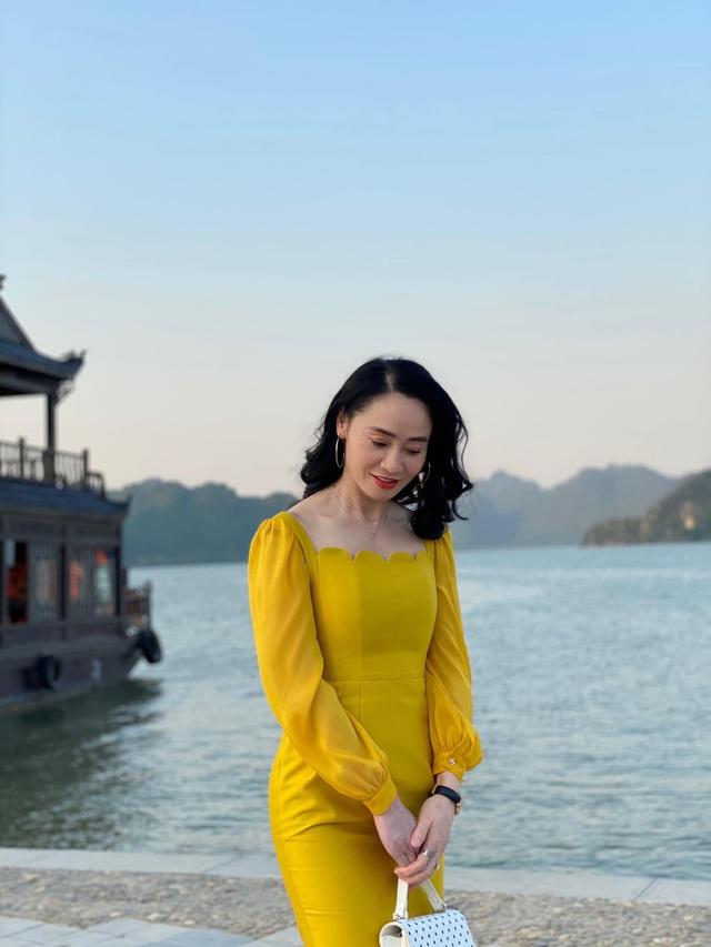 Quách Thu Phương trẻ trung bất ngờ trong hậu trường Hương vị tình thân - Ảnh 3.