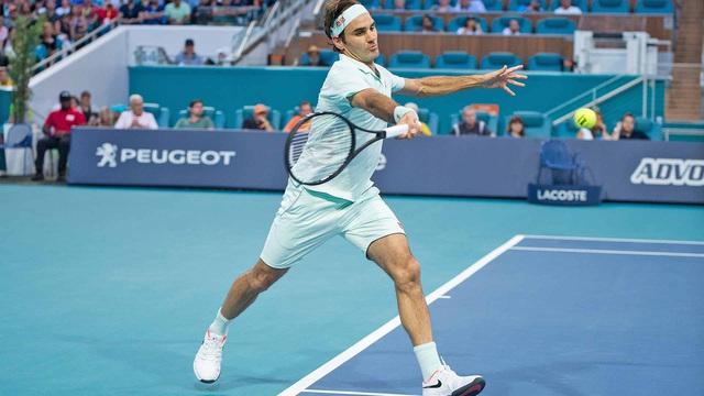 Roger Federer sắp trở lại sau 1 năm nghỉ thi đấu - Ảnh 2.