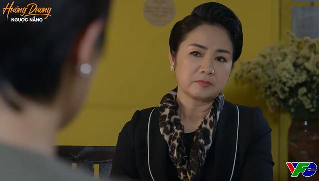 Hướng dương ngược nắng - Tập 43: Hoàng (Việt Anh) có lỗi nhưng không có tội, bà Cúc (NSND Thu Hà) đương đầu trước bão táp - ảnh 2