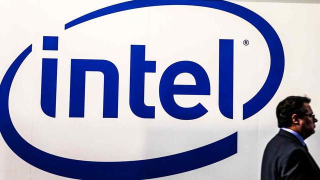 Cuộc đua sản xuất chip tiếp tục nóng: Intel thách thức TSMC - Ảnh 1.