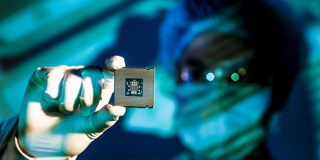Cuộc đua sản xuất chip tiếp tục nóng: Intel thách thức TSMC - Ảnh 4.