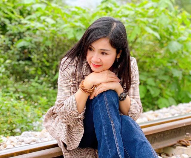 Hồng Diễm ngượng như sinh nhật tuổi 20, Bảo Thanh khoe bầu tháng cuối - Ảnh 3.