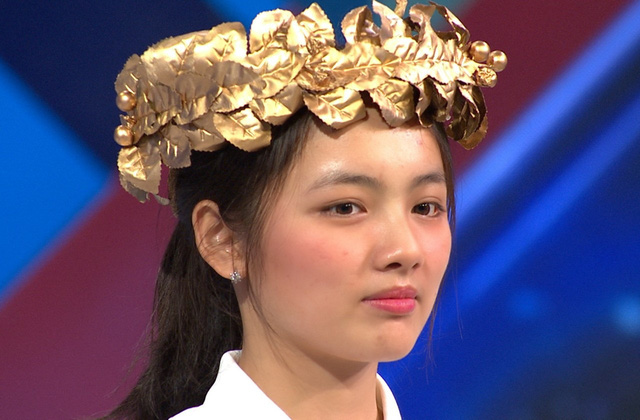 Nữ sinh giành vòng nguyệt Olympia gây sốt vì quá xinh, nhiều tài lẻ - Ảnh 3.