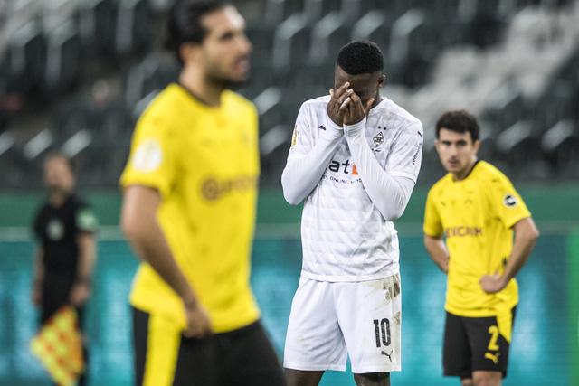 Thắng tối thiểu, Dortmund vào bán kết Cúp Quốc gia Đức - Ảnh 3.