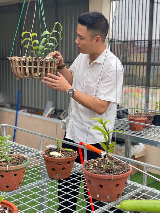 Doanh nhân Nguyễn Văn Thắng sở hữu vườn lan Var độc đáo trên sân thượng - Ảnh 2.