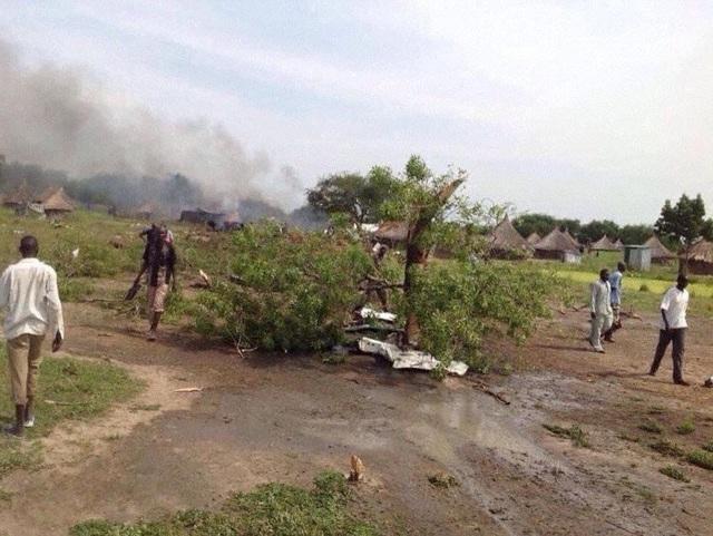 Rơi máy bay ở Nam Sudan, 10 người thiệt mạng - Ảnh 1.