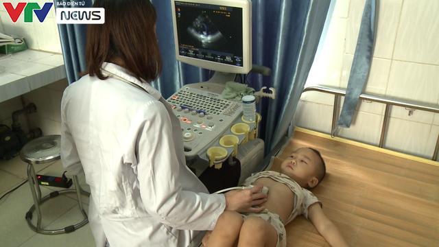 Hơn 14.000 trẻ em được sàng lọc tim bẩm sinh miễn phí tại Vĩnh Phúc - Ảnh 7.