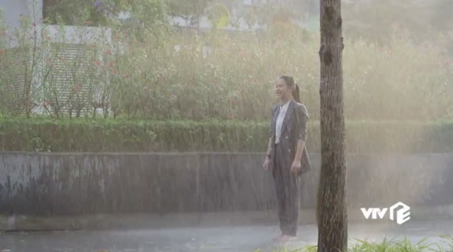 Hướng dương ngược nắng - Tập 47: Mang tiếng tham phú phụ bần, Minh khóc tức tưởi khi bị cả mẹ và em trai từ mặt - Ảnh 20.